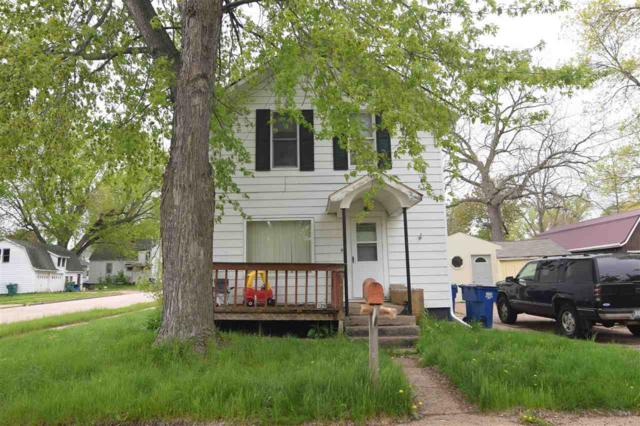 129 Garfield Avenue, Clintonville, WI 54929 (#50203563) :: Todd Wiese Homeselling System, Inc.