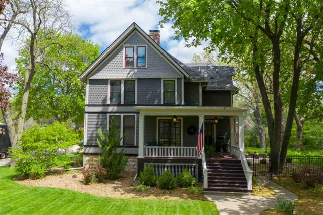 261 E Division Street, Fond Du Lac, WI 54935 (#50203574) :: Todd Wiese Homeselling System, Inc.