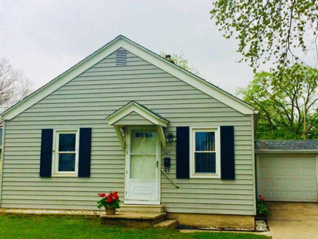 1617 Preble Avenue, Green Bay, WI 54302 (#50203589) :: Todd Wiese Homeselling System, Inc.