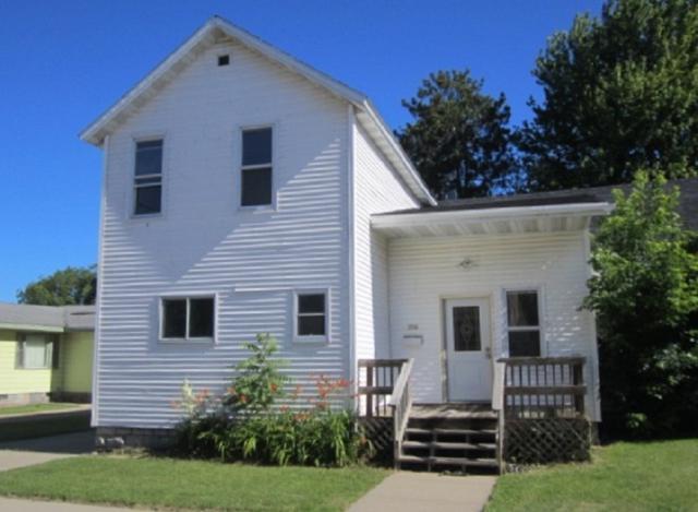 334 6TH Avenue, Menominee, MI 49858 (#50203606) :: Symes Realty, LLC