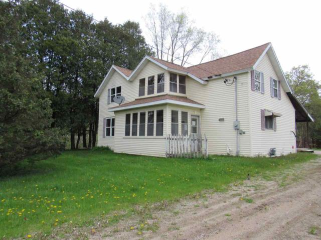 128 S Green Bay Road, Gillett, WI 54124 (#50203756) :: Dallaire Realty
