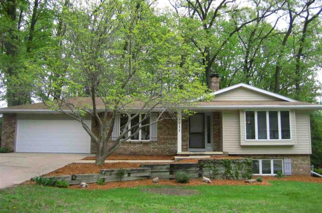 2011 Candle Way, Green Bay, WI 54304 (#50203928) :: Todd Wiese Homeselling System, Inc.
