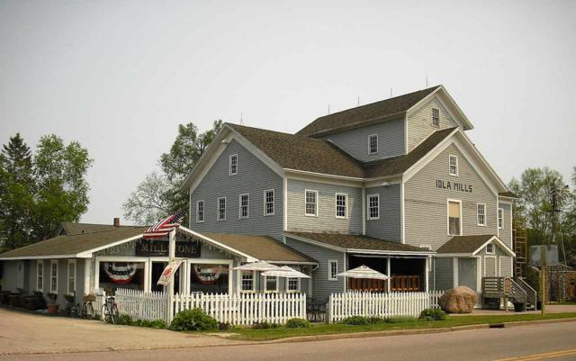 300 N Main St, Iola, WI 54945 (#50204001) :: Dallaire Realty