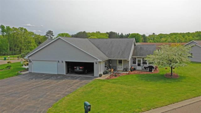 908 Mead Drive, Waupaca, WI 54981 (#50204008) :: Symes Realty, LLC