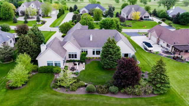 8203 Golf Course Drive, Neenah, WI 54956 (#50204236) :: Todd Wiese Homeselling System, Inc.
