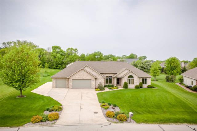4024 Half Crown Run, De Pere, WI 54115 (#50204325) :: Todd Wiese Homeselling System, Inc.