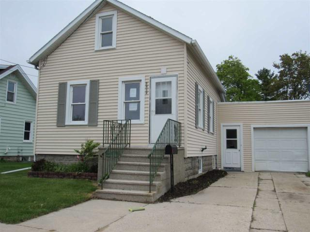2512 12TH Street, Two Rivers, WI 54241 (#50204342) :: Todd Wiese Homeselling System, Inc.