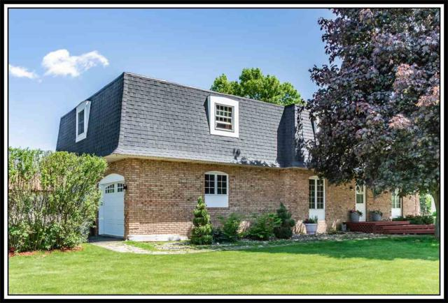 403 W Beckert Road, New London, WI 54961 (#50204400) :: Todd Wiese Homeselling System, Inc.