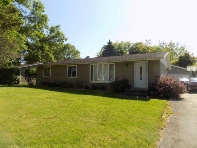 213 Fairway Street, Combined Locks, WI 54113 (#50204444) :: Dallaire Realty