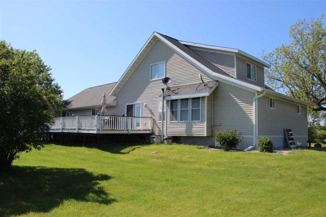 9049 Hwy I, Lena, WI 54139 (#50204513) :: Todd Wiese Homeselling System, Inc.