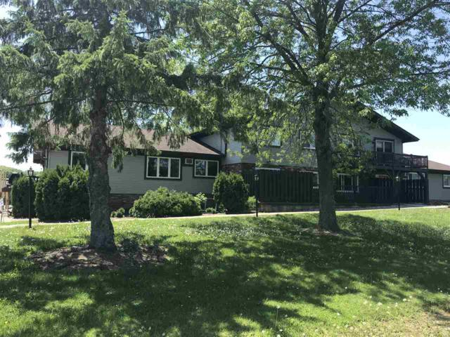 N5625 Riverside Drive #3, Shawano, WI 54166 (#50204579) :: Dallaire Realty