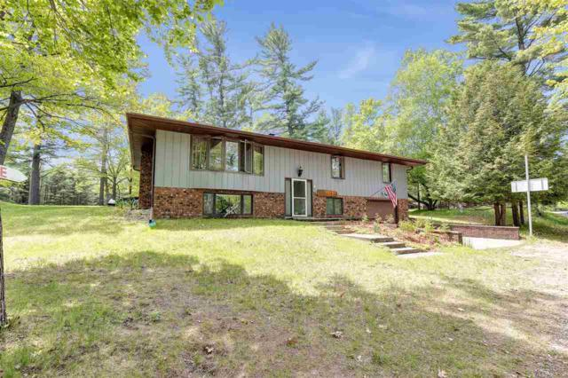W6820 Lakeview Road, Crivitz, WI 54114 (#50204582) :: Symes Realty, LLC