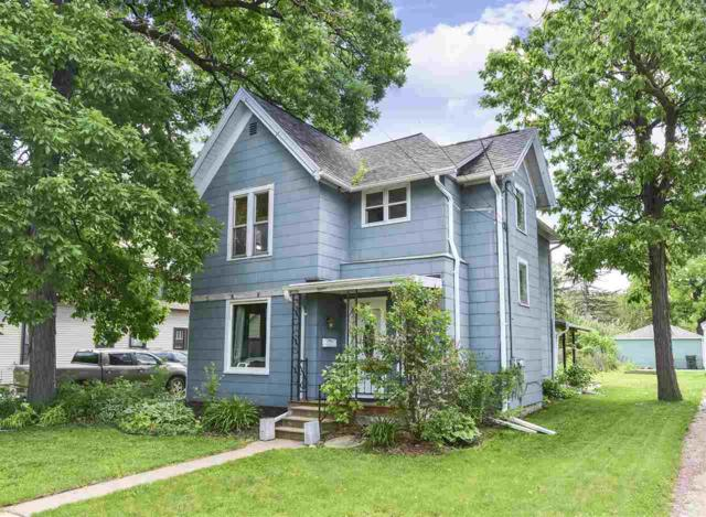 205 E 9TH Street, Kaukauna, WI 54130 (#50204637) :: Dallaire Realty