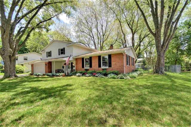 361 W Briar Lane, Green Bay, WI 54301 (#50204650) :: Todd Wiese Homeselling System, Inc.