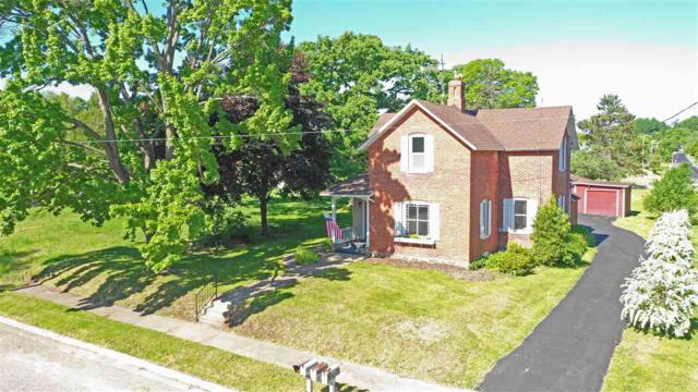 460 S Main Street, Iola, WI 54945 (#50204651) :: Dallaire Realty