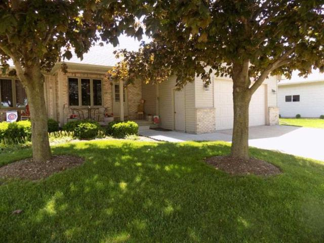 1303 Cherry Street, Kaukauna, WI 54130 (#50204671) :: Dallaire Realty