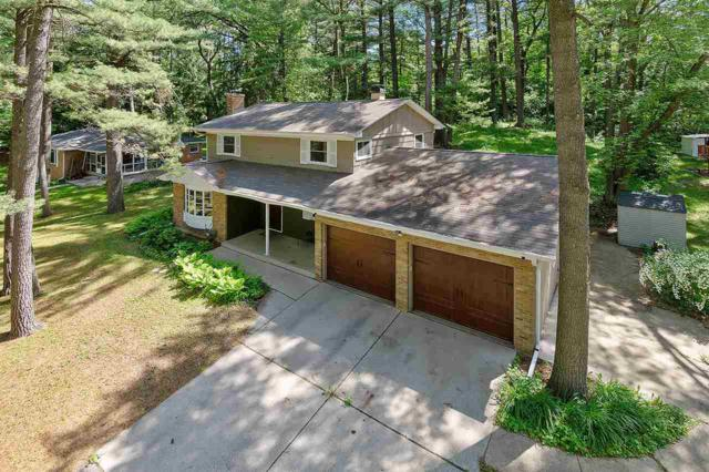 824 Laverne Drive, Green Bay, WI 54311 (#50204731) :: Todd Wiese Homeselling System, Inc.