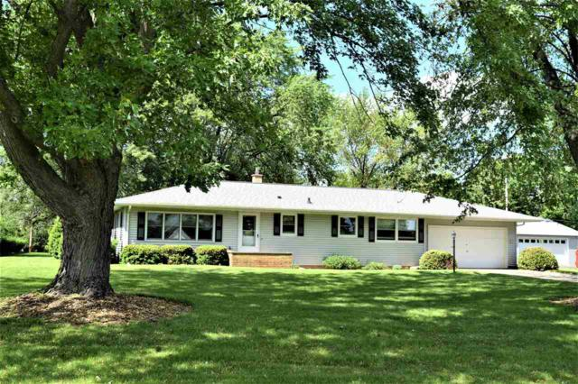 N2384 Municipal Drive, Greenville, WI 54942 (#50204746) :: Dallaire Realty
