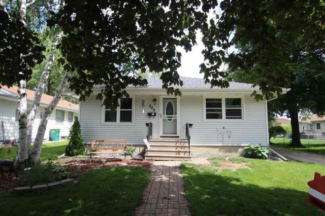 509 Portage Street, Fond Du Lac, WI 54935 (#50204770) :: Todd Wiese Homeselling System, Inc.