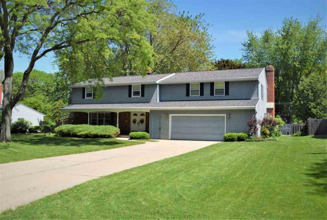 310 Roselawn Boulevard, Green Bay, WI 54301 (#50204773) :: Dallaire Realty