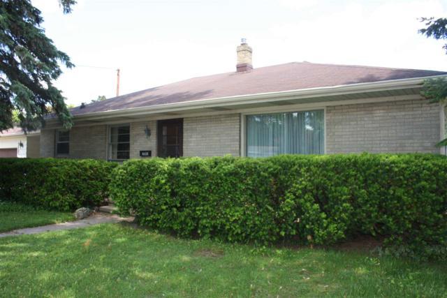 2302 N Racine Street, Appleton, WI 54911 (#50204799) :: Todd Wiese Homeselling System, Inc.