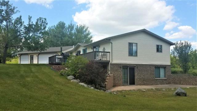 E3392 Mountain View Lane, Waupaca, WI 54981 (#50204816) :: Todd Wiese Homeselling System, Inc.