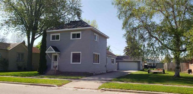 826 Madison Street, Oconto, WI 54153 (#50204839) :: Todd Wiese Homeselling System, Inc.