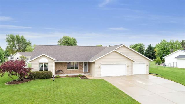 2007 Couples Court, New Franken, WI 54229 (#50204864) :: Todd Wiese Homeselling System, Inc.