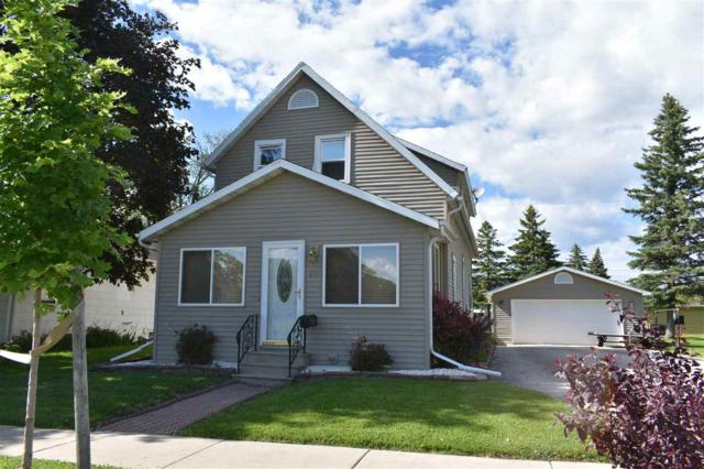 471 E 2ND Street, Fond Du Lac, WI 54935 (#50204880) :: Todd Wiese Homeselling System, Inc.