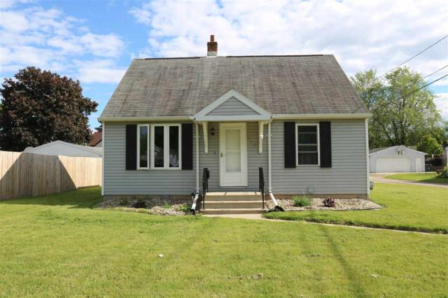 107 W 3RD Street, Kimberly, WI 54136 (#50204890) :: Dallaire Realty