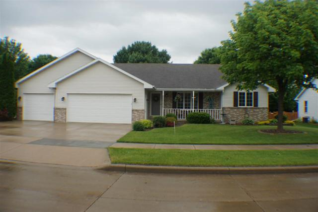 201 Hawthorne Avenue, Little Chute, WI 54140 (#50204933) :: Dallaire Realty