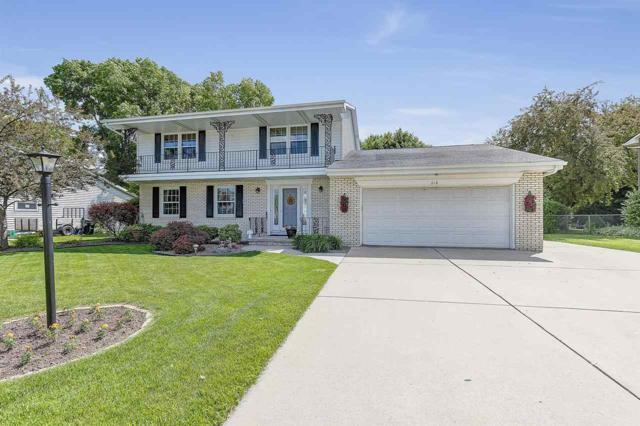 618 Broadview Drive, Green Bay, WI 54301 (#50204934) :: Todd Wiese Homeselling System, Inc.