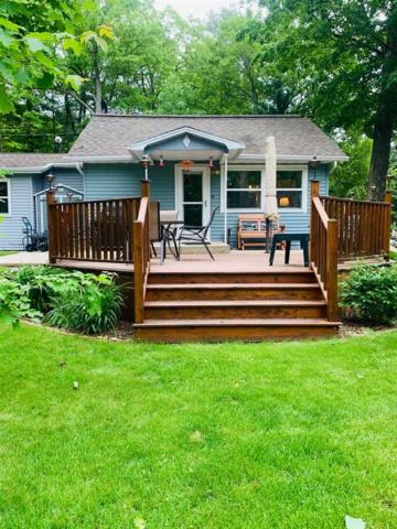 9789 White Lake Road, Suring, WI 54174 (#50204957) :: Dallaire Realty