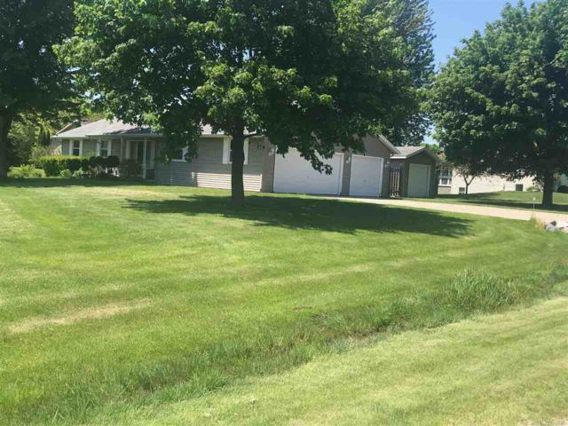 2093 Weedy Street, Suamico, WI 54313 (#50204966) :: Dallaire Realty