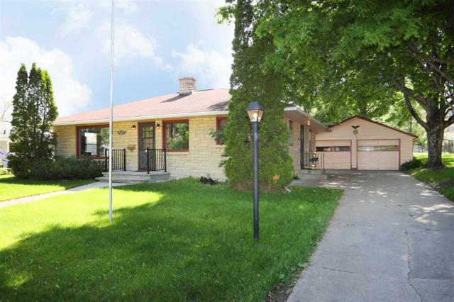 241 Modoc Street, Clintonville, WI 54944 (#50204991) :: Todd Wiese Homeselling System, Inc.