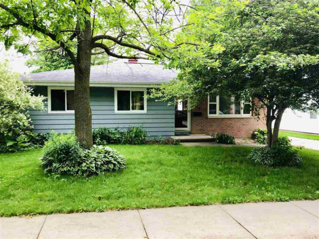 610 Harrison Street, Little Chute, WI 54140 (#50204998) :: Todd Wiese Homeselling System, Inc.