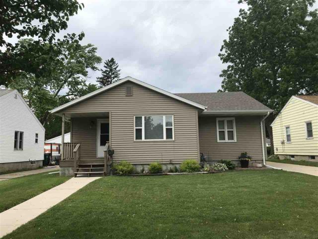 241 Bischoff Street, Fond Du Lac, WI 54935 (#50205008) :: Dallaire Realty
