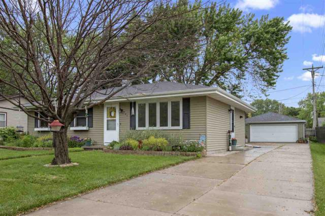 947 W Cecil Street, Neenah, WI 54956 (#50205017) :: Dallaire Realty