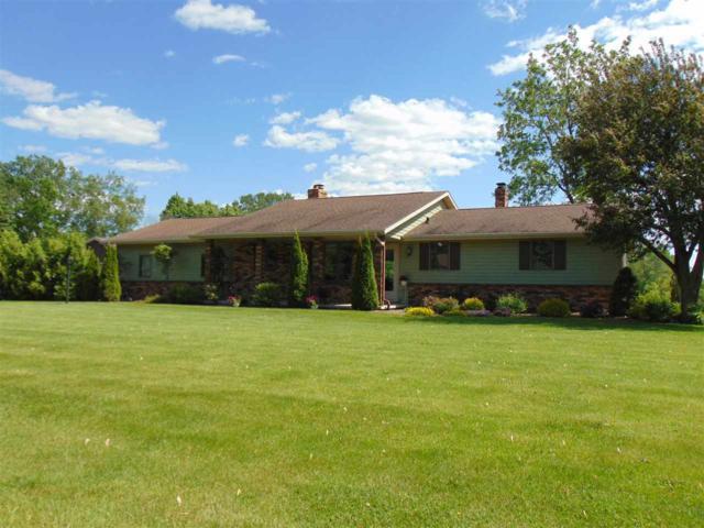 W3215 Lochbur Lane, Freedom, WI 54913 (#50205023) :: Symes Realty, LLC