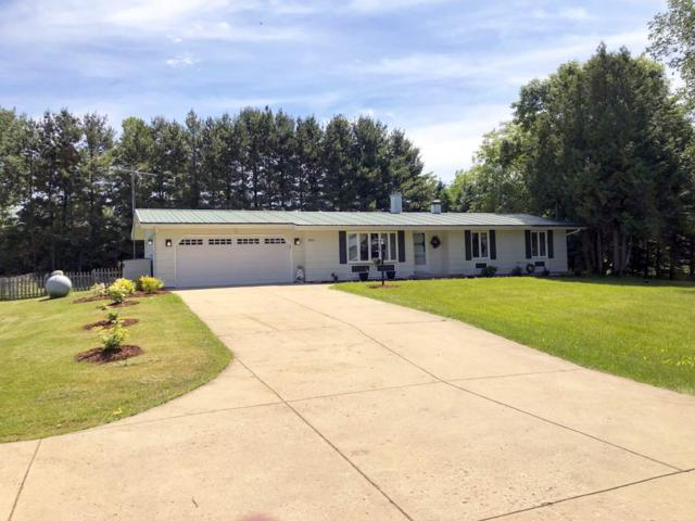N4672 Green Valley Road, Krakow, WI 54137 (#50205060) :: Dallaire Realty
