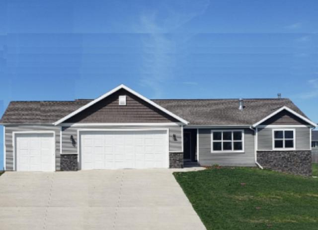 309 Greenbrier Drive, Hortonville, WI 54944 (#50205090) :: Todd Wiese Homeselling System, Inc.