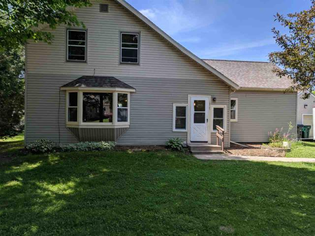 1317 Dexter Street, New London, WI 54961 (#50205099) :: Todd Wiese Homeselling System, Inc.