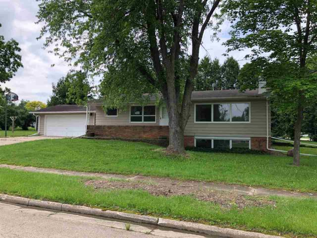 75 Grove Street, Clintonville, WI 54929 (#50205132) :: Todd Wiese Homeselling System, Inc.
