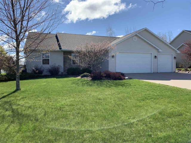 N1601 Arnies Lane, Greenville, WI 54942 (#50205141) :: Todd Wiese Homeselling System, Inc.
