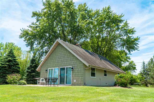 8966 Marion Lane, Fremont, WI 54940 (#50205225) :: Todd Wiese Homeselling System, Inc.