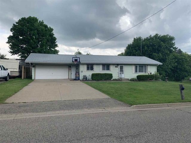 W13115 Hwy D, Bowler, WI 54978 (#50205242) :: Todd Wiese Homeselling System, Inc.