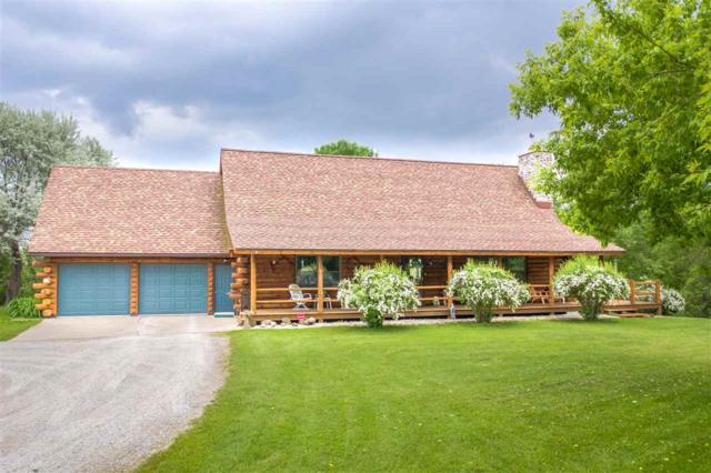 4105 N Rapids Road, Manitowoc, WI 54220 (#50205278) :: Todd Wiese Homeselling System, Inc.