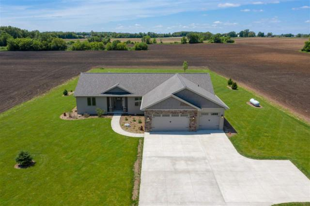 3835 N Mc Carthy Road, Appleton, WI 54913 (#50205367) :: Todd Wiese Homeselling System, Inc.
