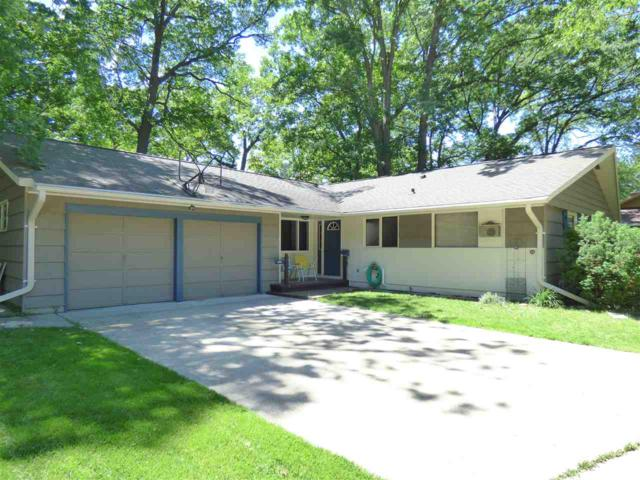 1013 Raleigh Court, Green Bay, WI 54304 (#50205425) :: Todd Wiese Homeselling System, Inc.