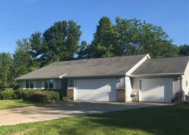 4084 Champeau Road, New Franken, WI 54229 (#50205464) :: Todd Wiese Homeselling System, Inc.